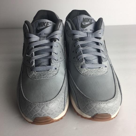 Nike Air Max 90 Premium Wolf Grey Sail Gum 7.5 NWT